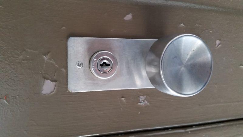 玄関ドア開錠作業