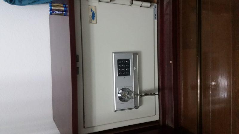 ホーム用金庫開錠作業